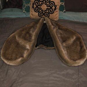 Jackets & Blazers - Fur shawl